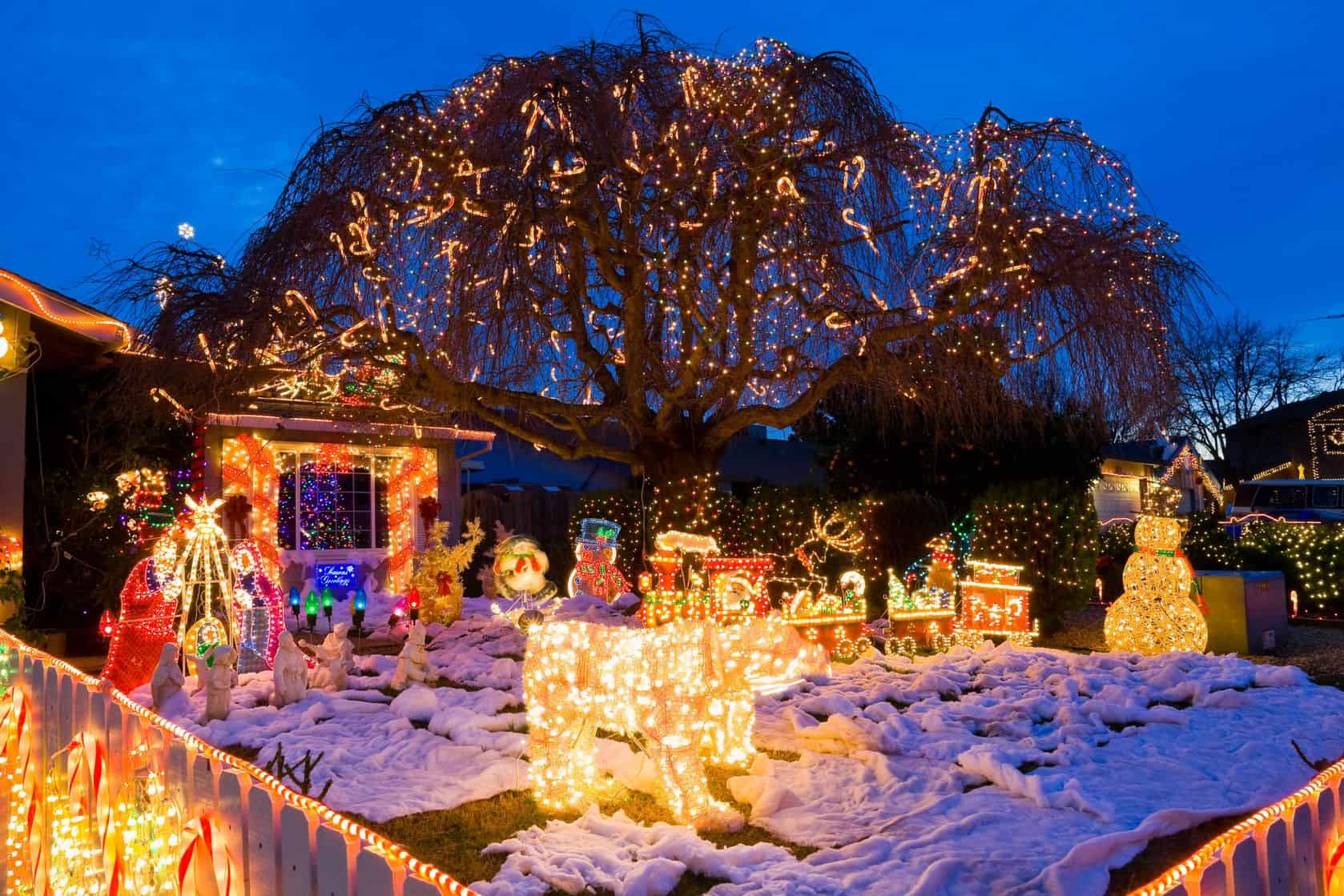 The Ultimate Holiday Lighting Safety List